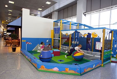 Manchester airport thedibb in terminal 2 there is a 0 3 years play area next to caffe nero near gate 213 alongside a 3 8 years adventure play area in the same location m4hsunfo