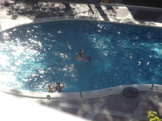 A cheap return visit to salou for halloween day 4 a for Really cheap pools
